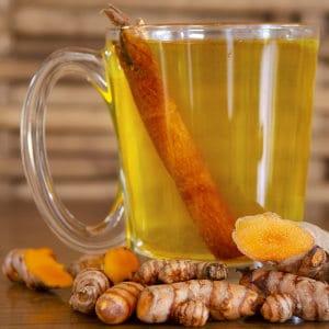 Kurkuma-Tee mit Ingwer Rezept