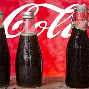 Cola Sirup selber machen - Rezept und Anleitung.