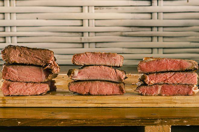 Beste Garzeit und Temperaturen für Steak Sous Vide.